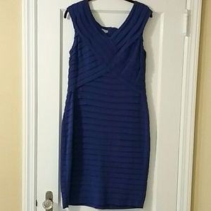 Fitted, tiered dress